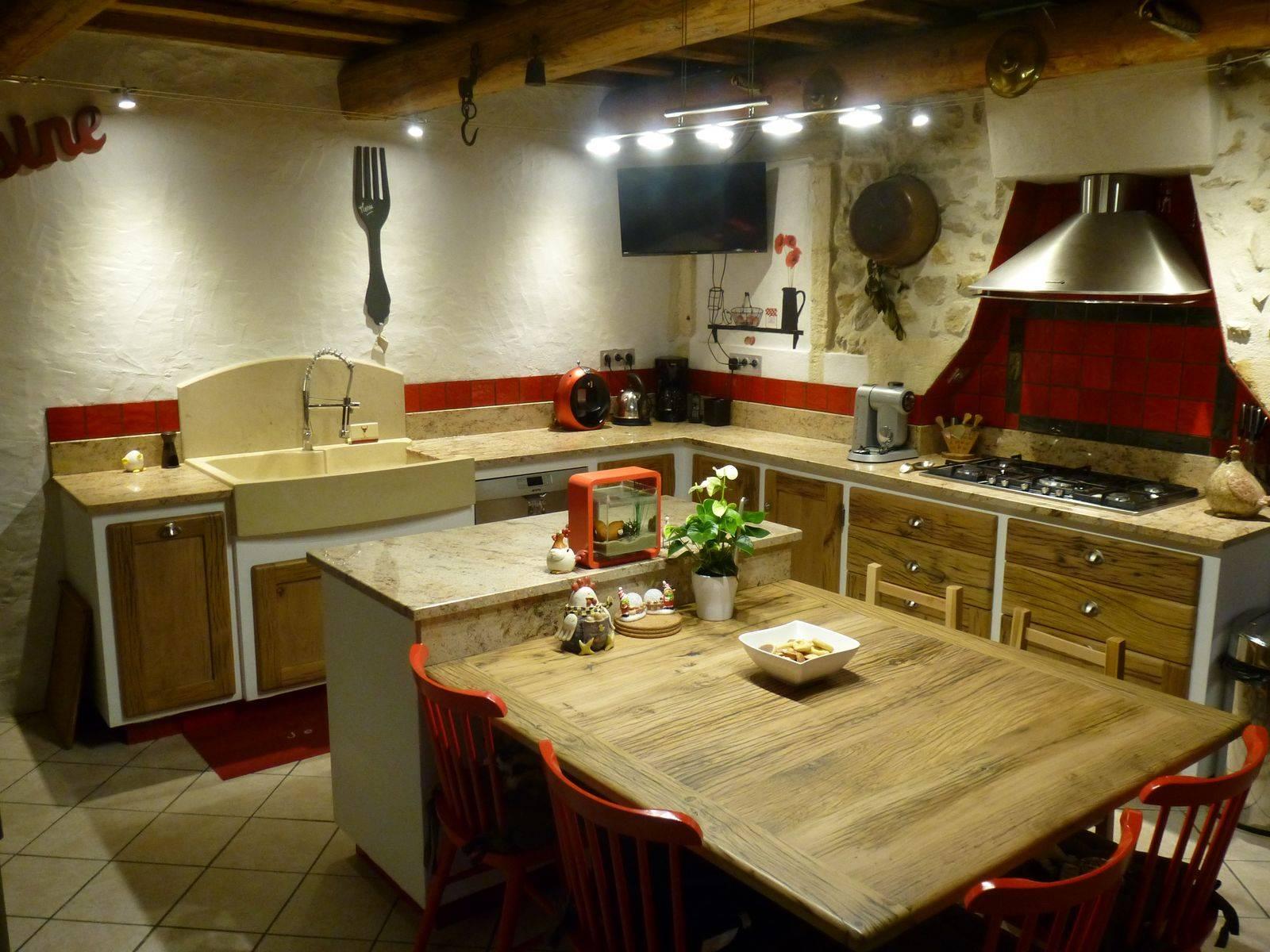 cuisine campagne sur mesure en bois massif avignon atelier bois deco. Black Bedroom Furniture Sets. Home Design Ideas
