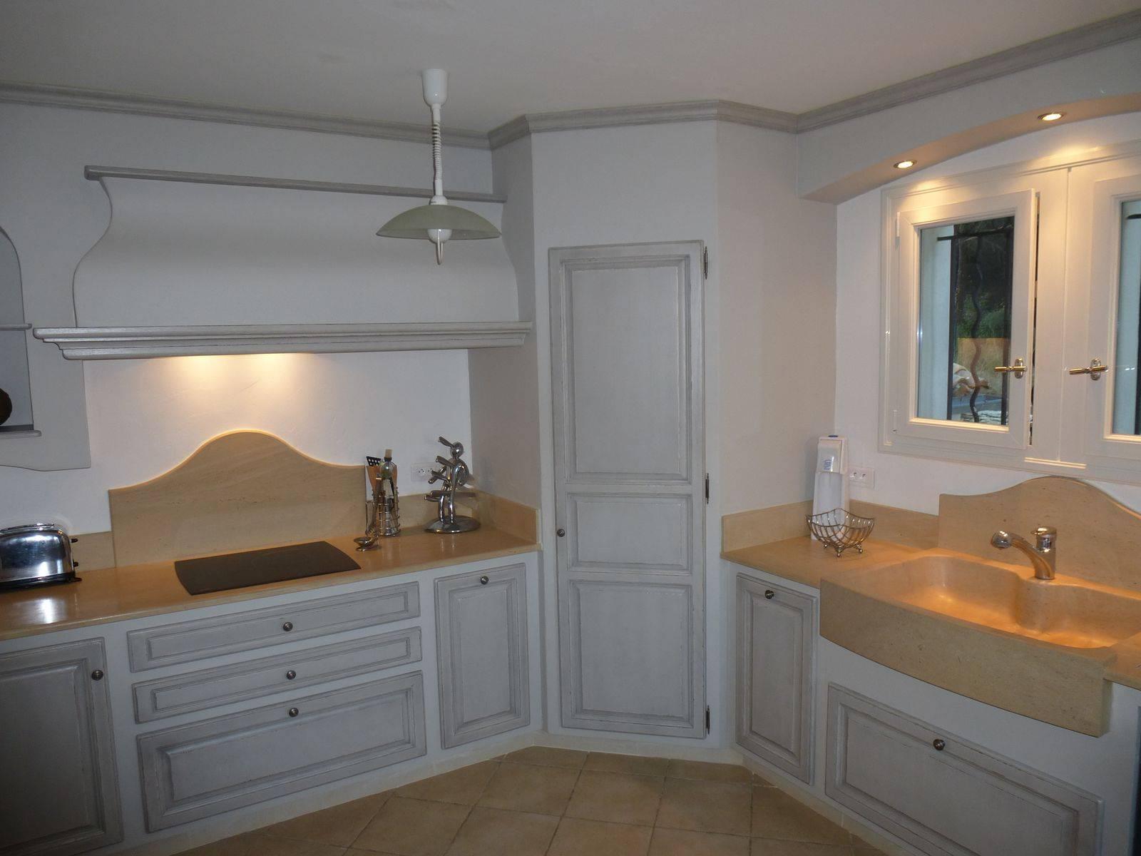 cuisine proven ale sur mesure bois massif avignon atelier bois deco. Black Bedroom Furniture Sets. Home Design Ideas