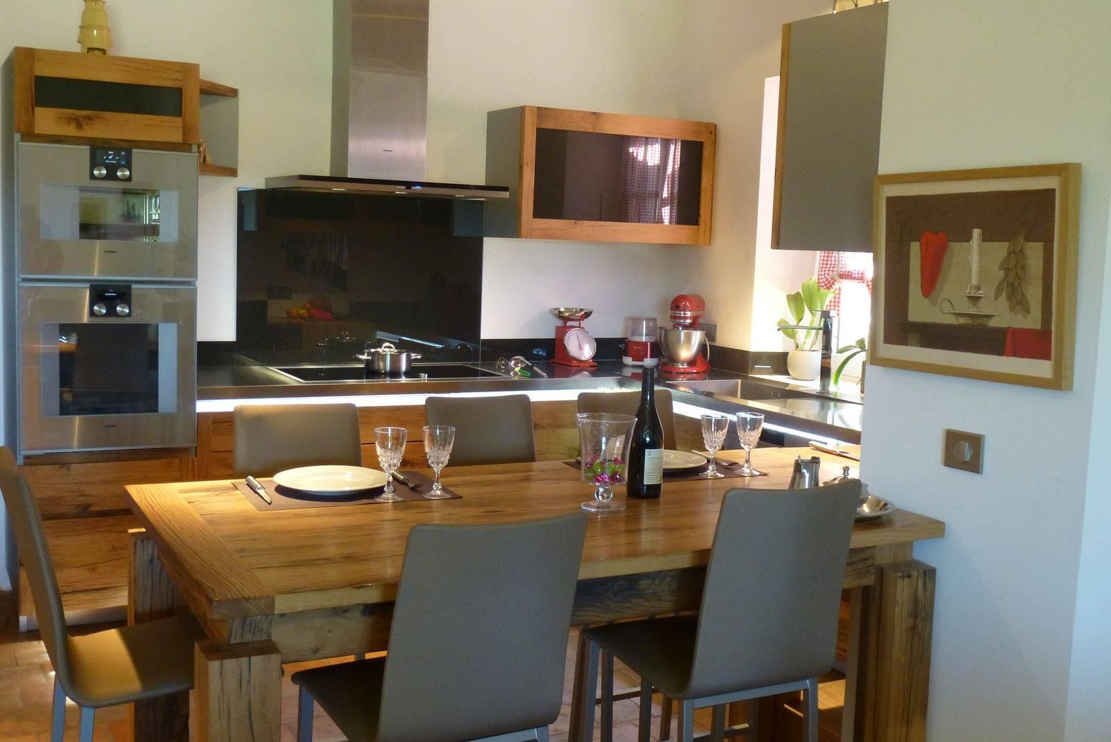 cuisine contemporaine en bois massif sur mesure dans le luberon mod le antik atelier bois deco. Black Bedroom Furniture Sets. Home Design Ideas